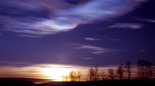 Photograph of polar stratospheric clouds