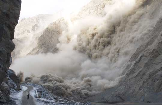 Photograph of the rockslide that dammed the Hunza River in Pakistan
