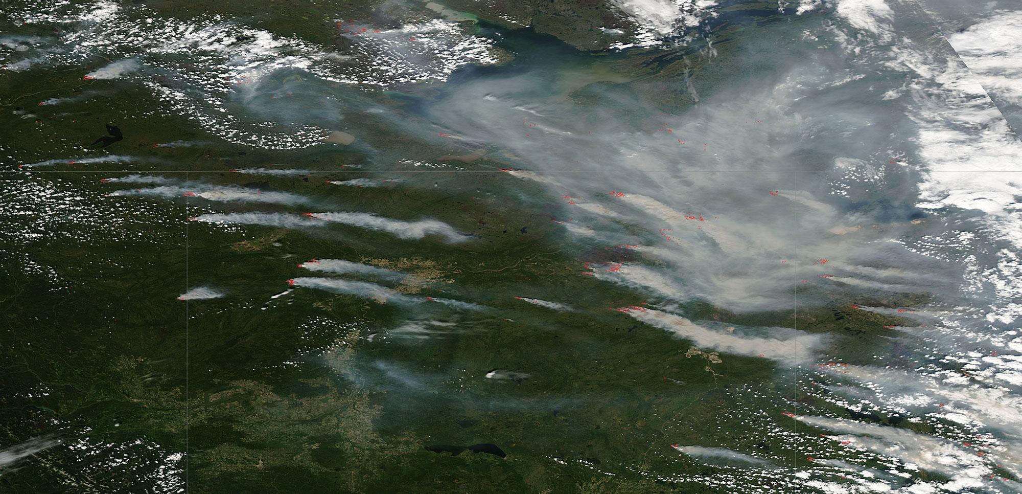 Northern Canada Fires 28 June 2015 Aqua, borders