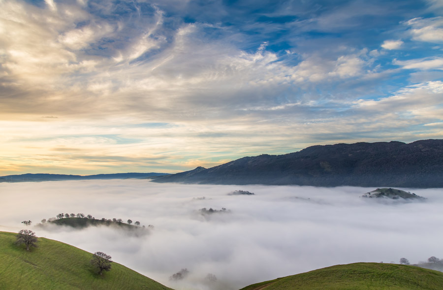 Photograph of tule fog blanketing a valley